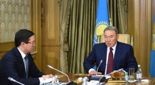 Назарбаев теңге бағамы туралы: Төтенше ештеңе болып жатқан жоқ