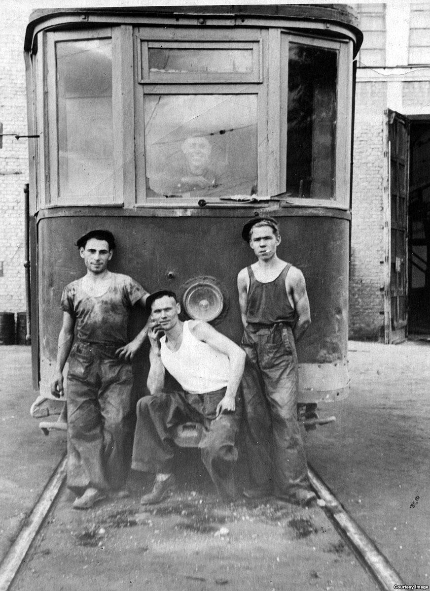 Алма-Атаның трамвай депосы. Соғысқа дейін түсірілген сурет. «Алматыэлектротранс» архивінен алынды.