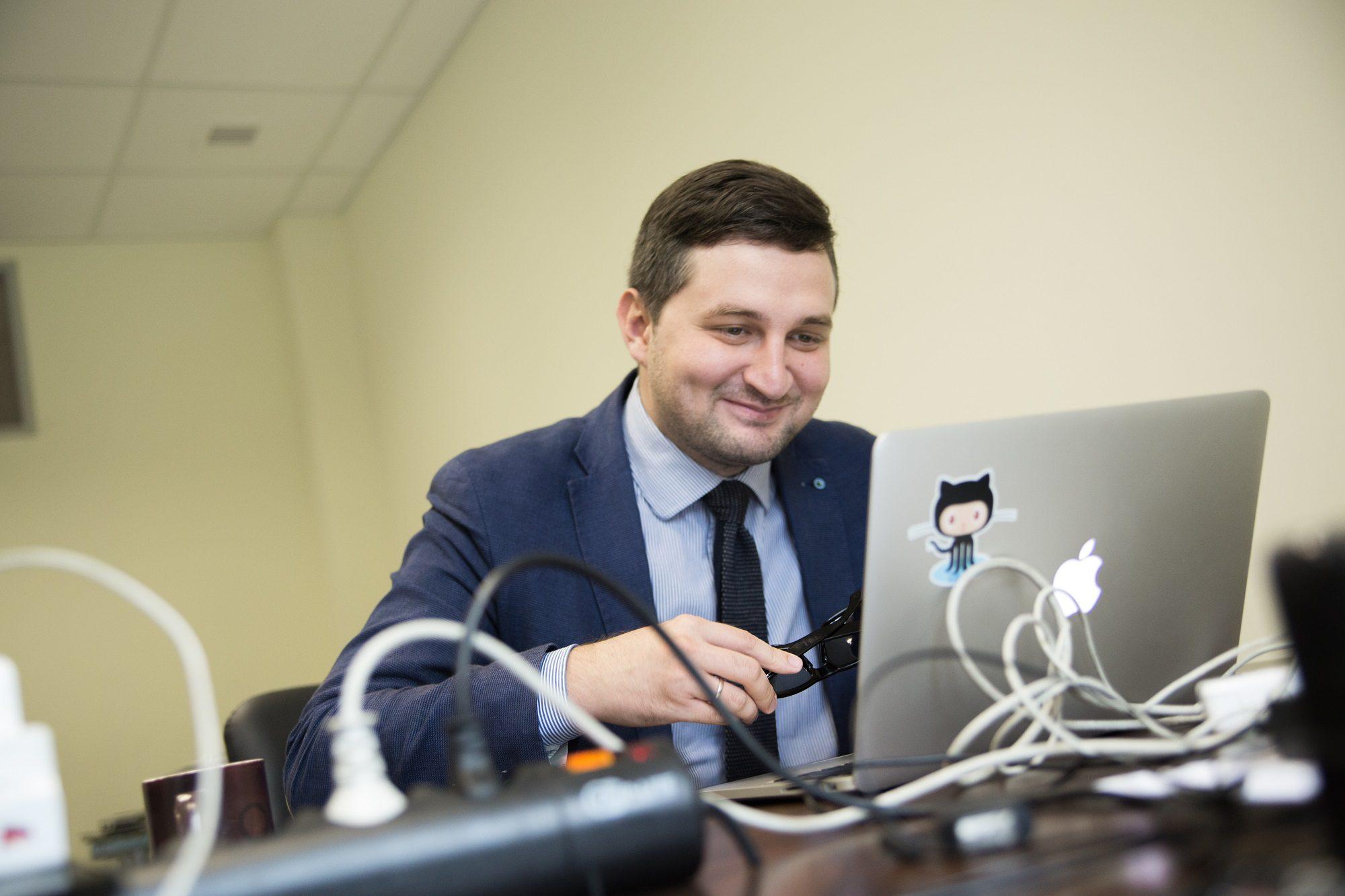 Муслим Жолдасбаев кеңес