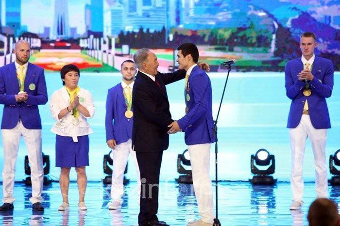 Нұрсұлтан Назарбаев Рио Олимпиадасының чемпиондары