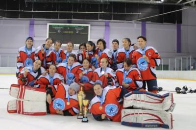 Айсұлу хоккей командасы
