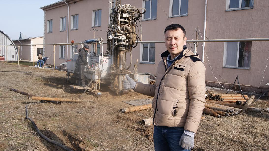 Бақытжан Ахметов, жас ғалым