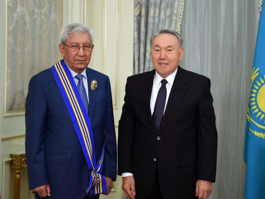 Мырзатай Жолдасбеков, Назарбаев