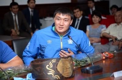 Руслан Әбдіразақов