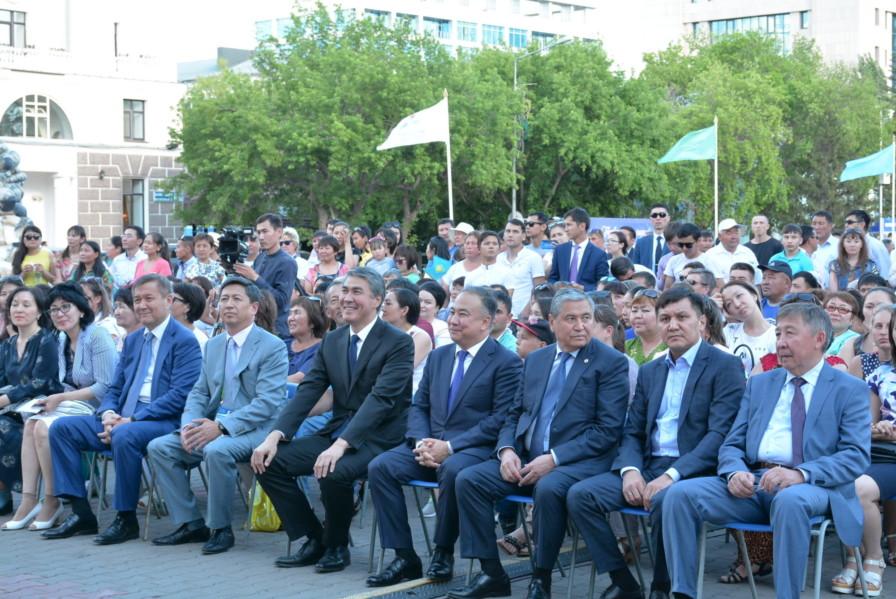 Мәлік Мырзалин Әсет Исекешев
