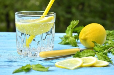 Лимон суы