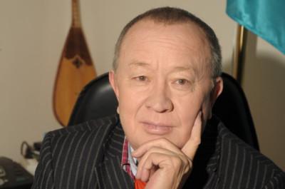 Алтынбек Қоразбаев