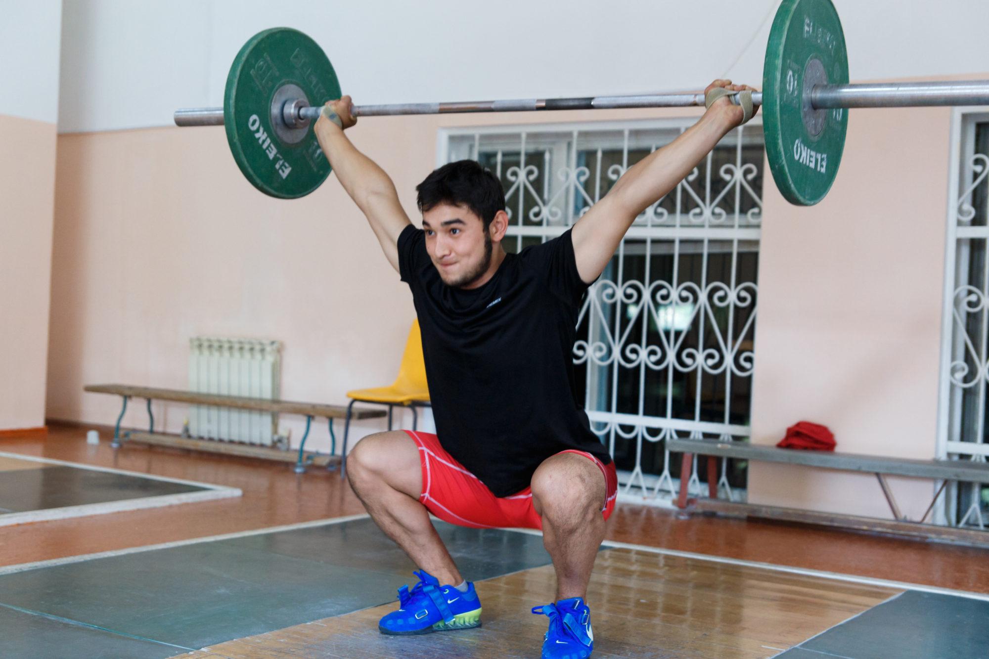 Асылжан Бектай, зілтемірші, ауыр атлетика