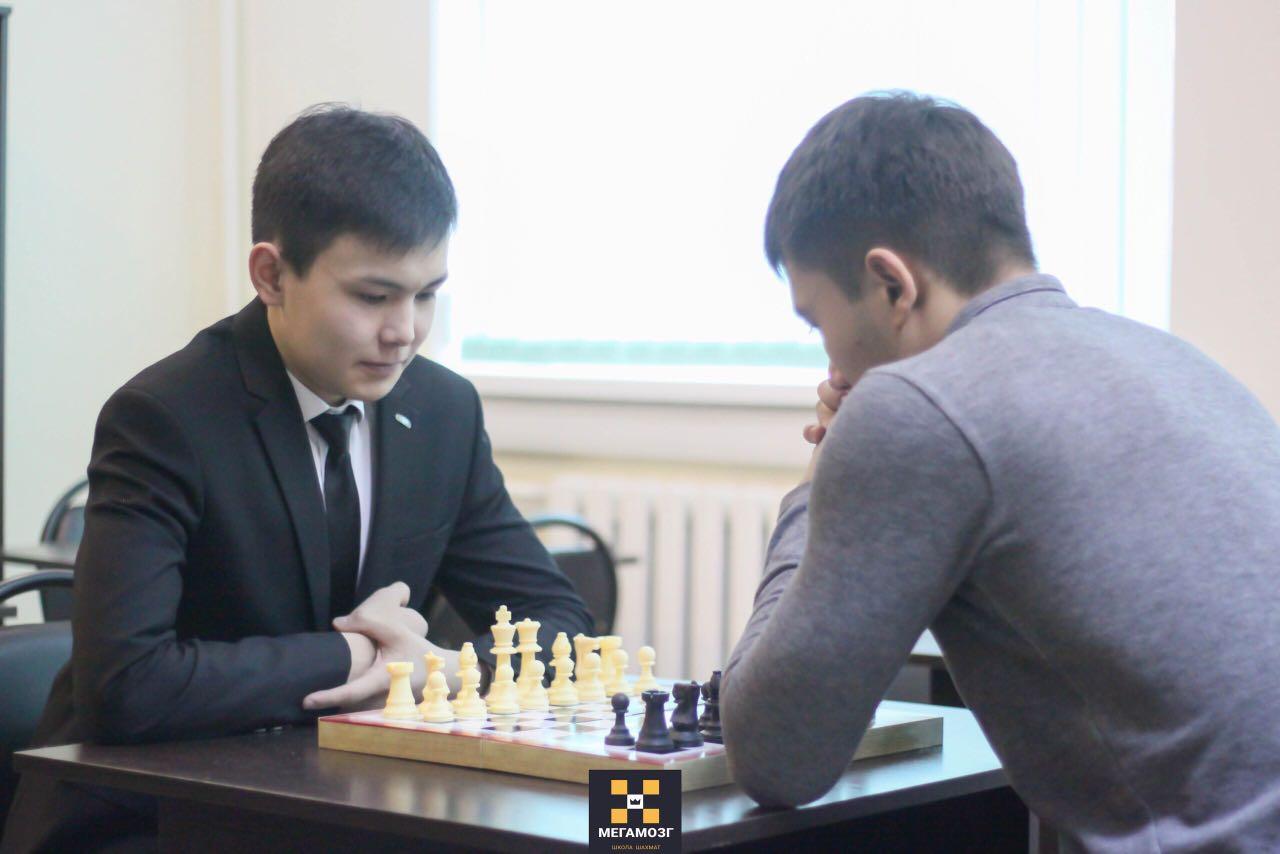 Жас кәсіпкерлер Ерік Есімбетов пен Әлихан Ерсаханов