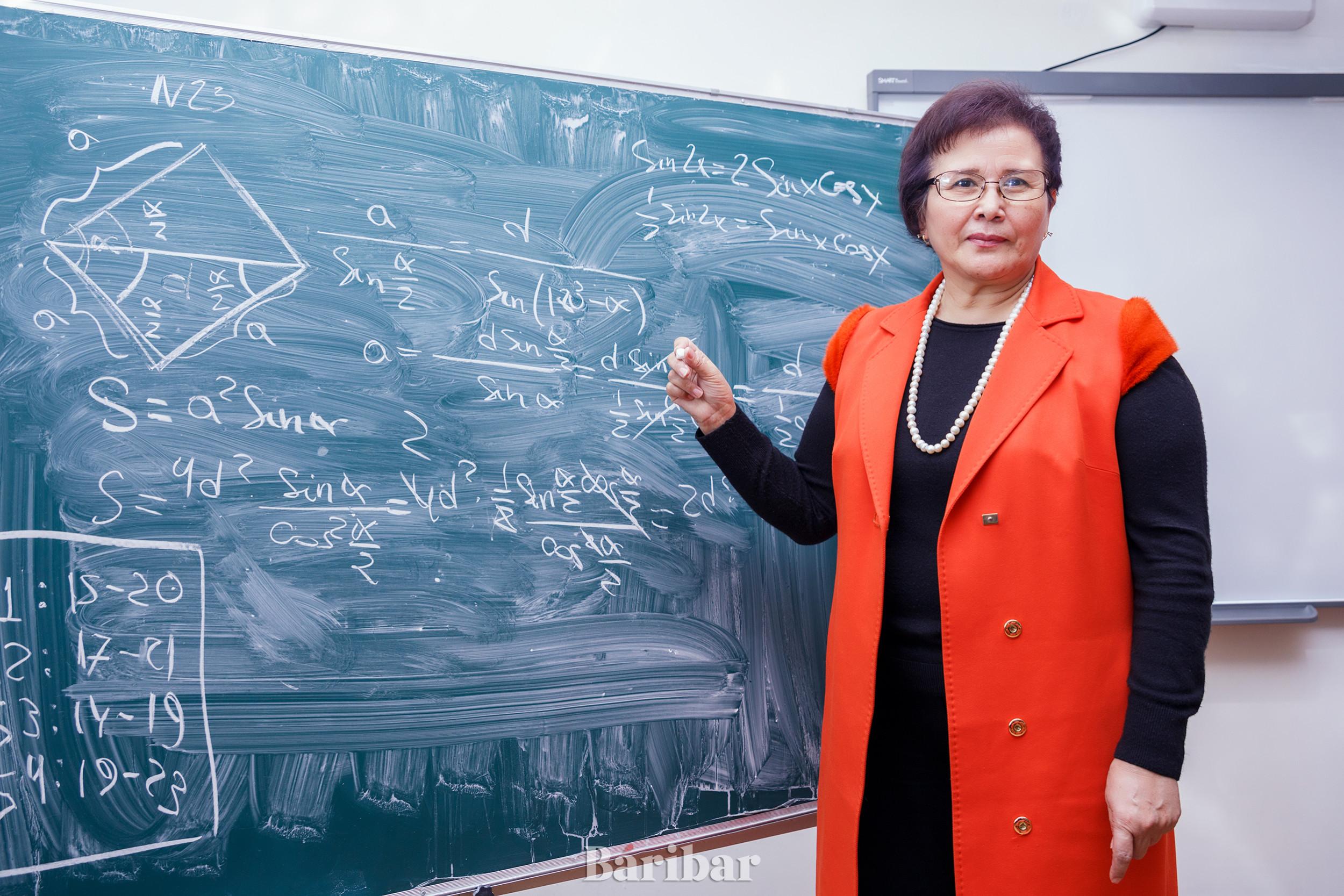 Профессор Қарлығаш Жилисбаева