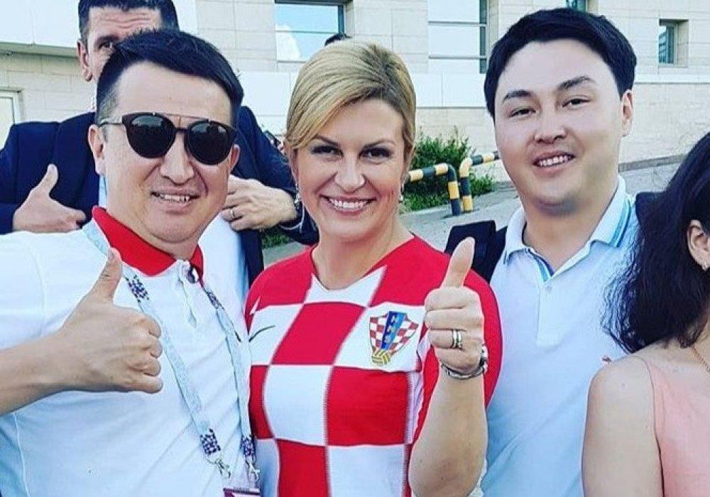 Қазақстандық жанкүйерлер және Хорватия президенті Колинда Грабар