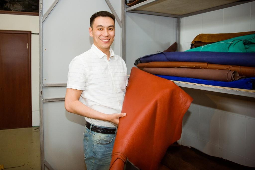 Жәнібек Сәрсембаев