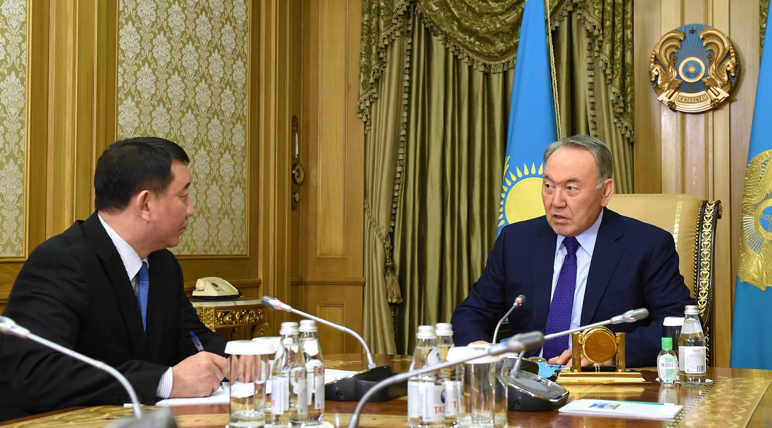 Ғабит Байжанов пен Нұрсұлтан Назарбаев