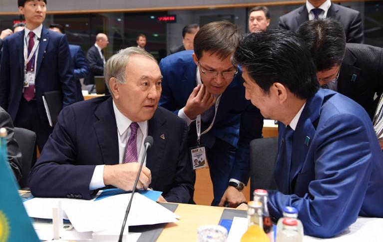 Назарбаев Синдзо Абэмен