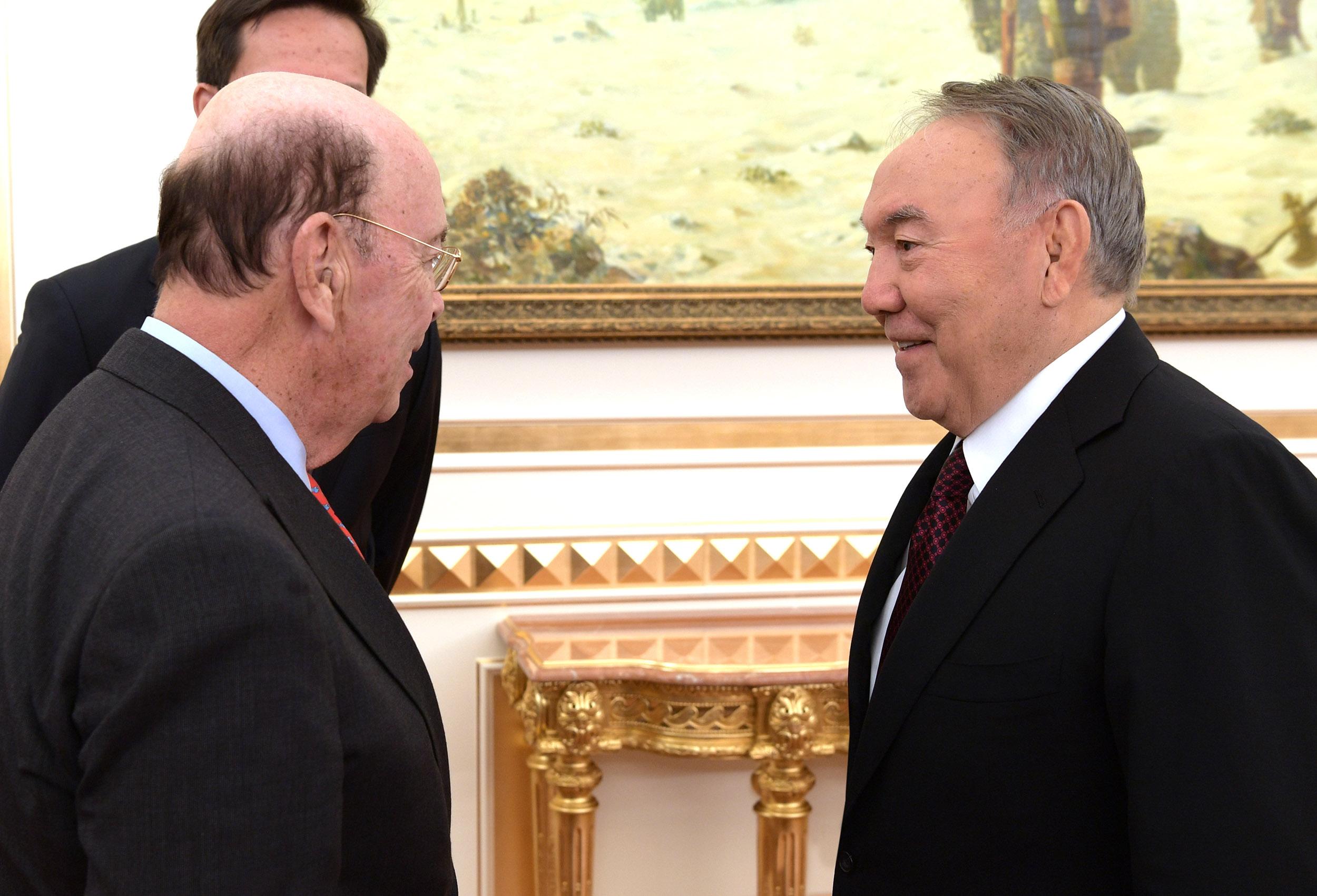 Назарбаев Уилбур Росс