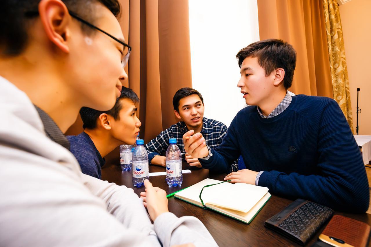 Астана интеллектуал клубы