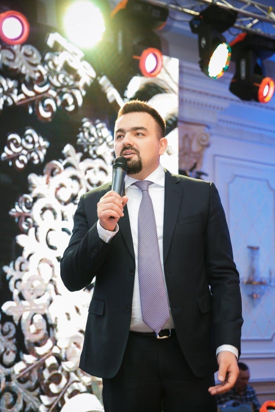 Руслан Жемков