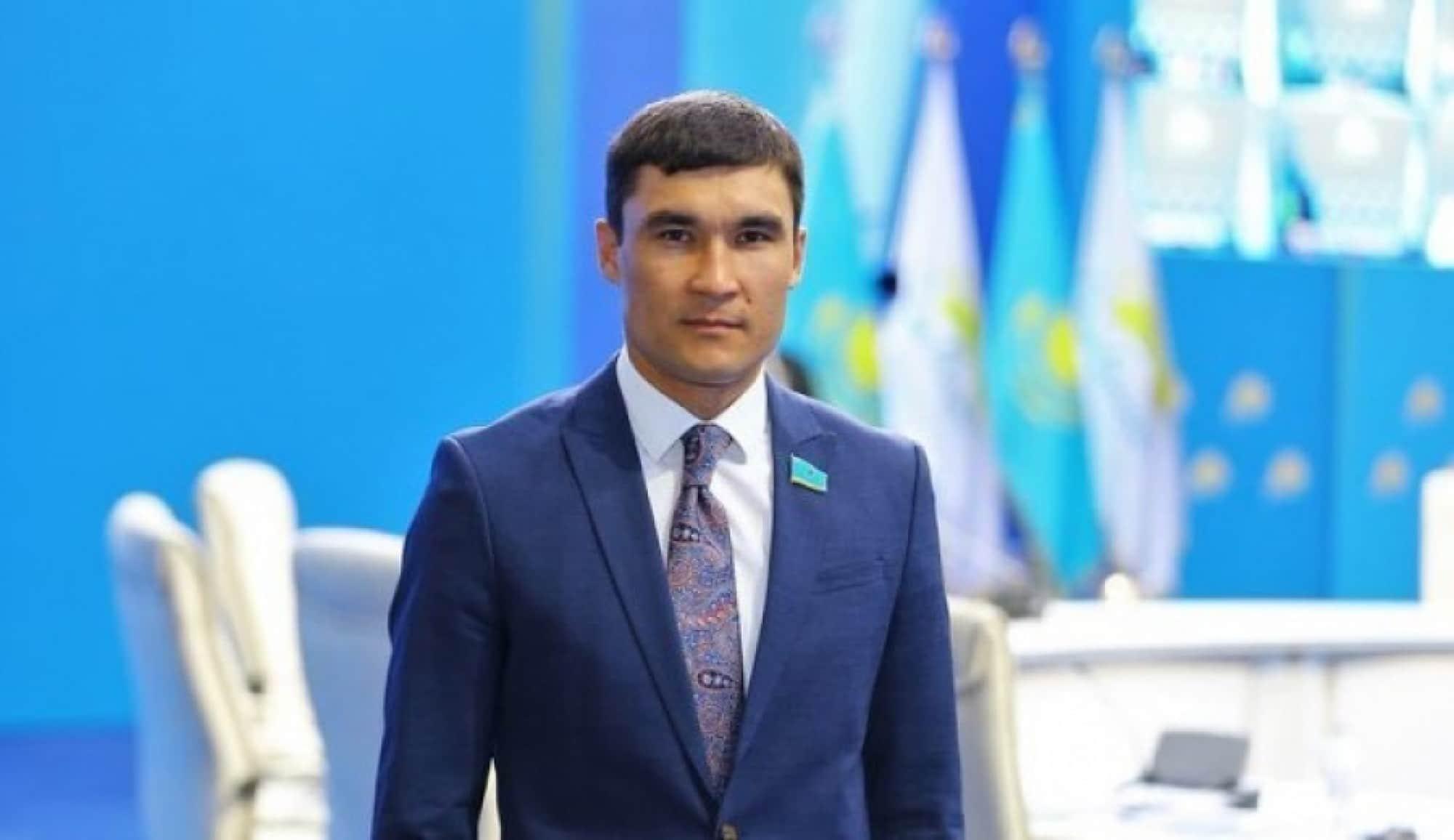 Серік Сапиев
