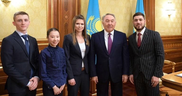 Назарбаев спортшылар