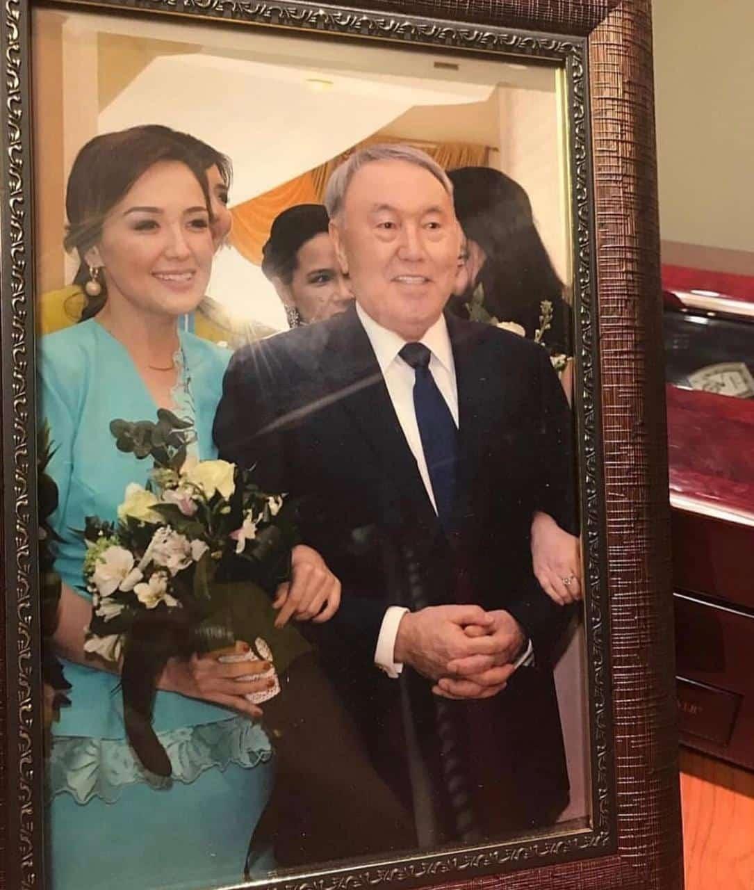 Ләйла Сұлтанқызы, Нұрсұлтан Назарбаев