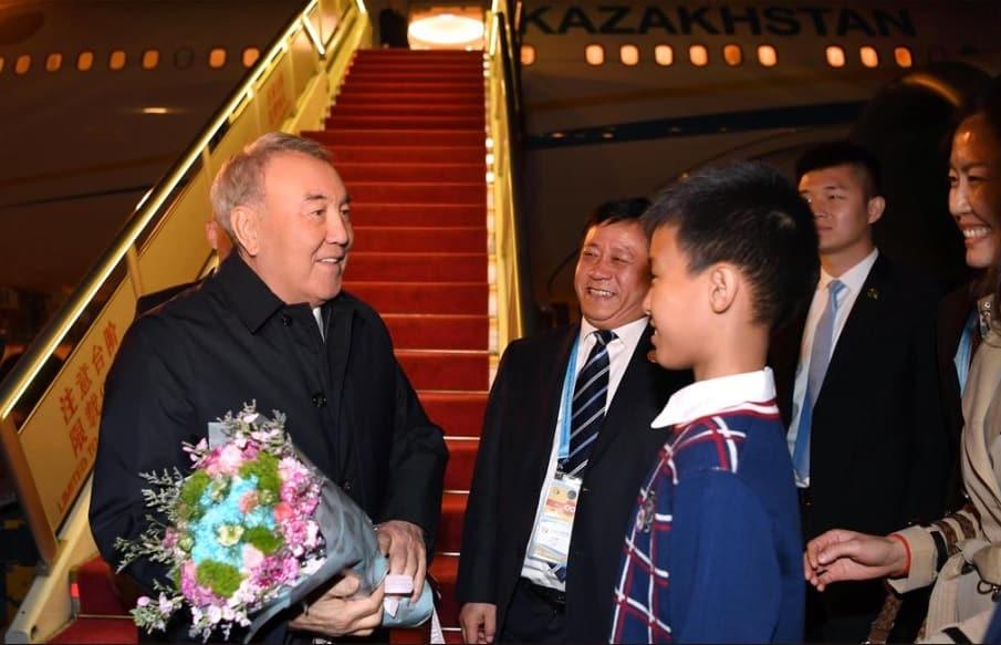 Нұрсұлтан Назарбаев Қытайға барды