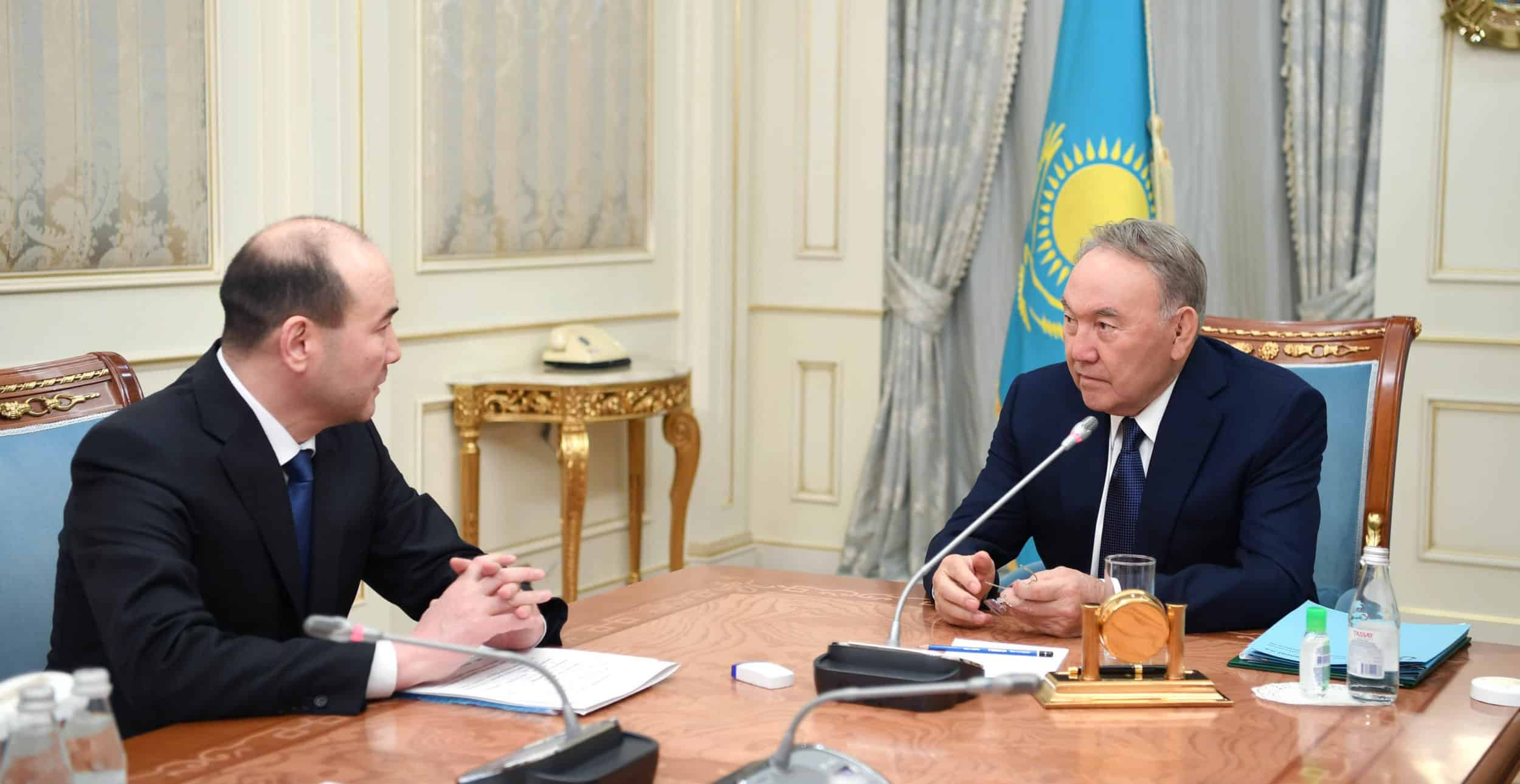 Нұрсұлтан Назарбаев Бас прокурор Ғизат Нұрдәулетовті қабылдады