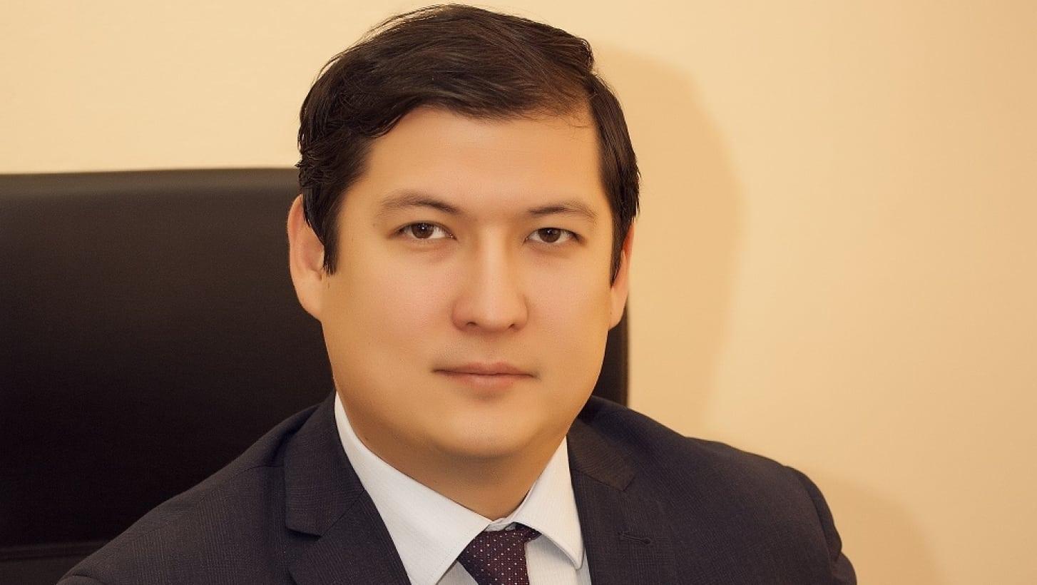 Абай Сарқұлов