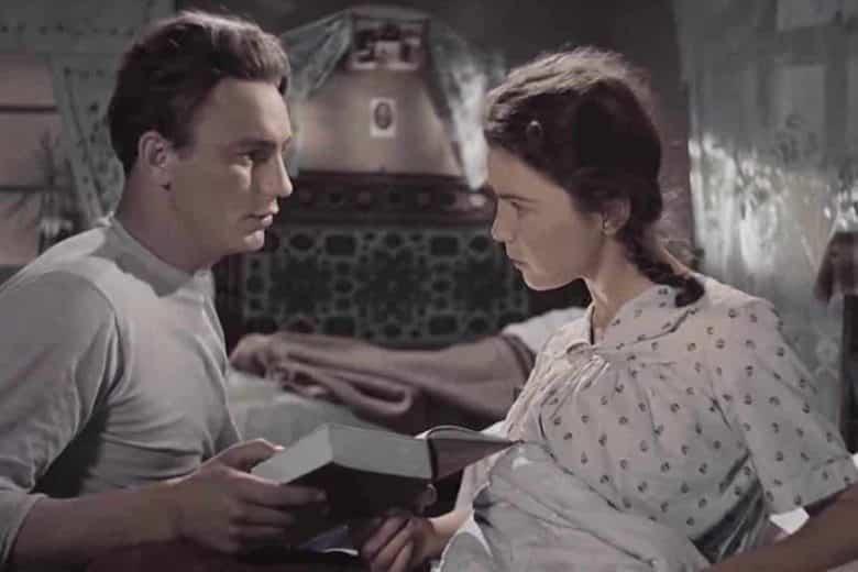 """Заречный көшесіндегі көктем"" фильмінің кадры"