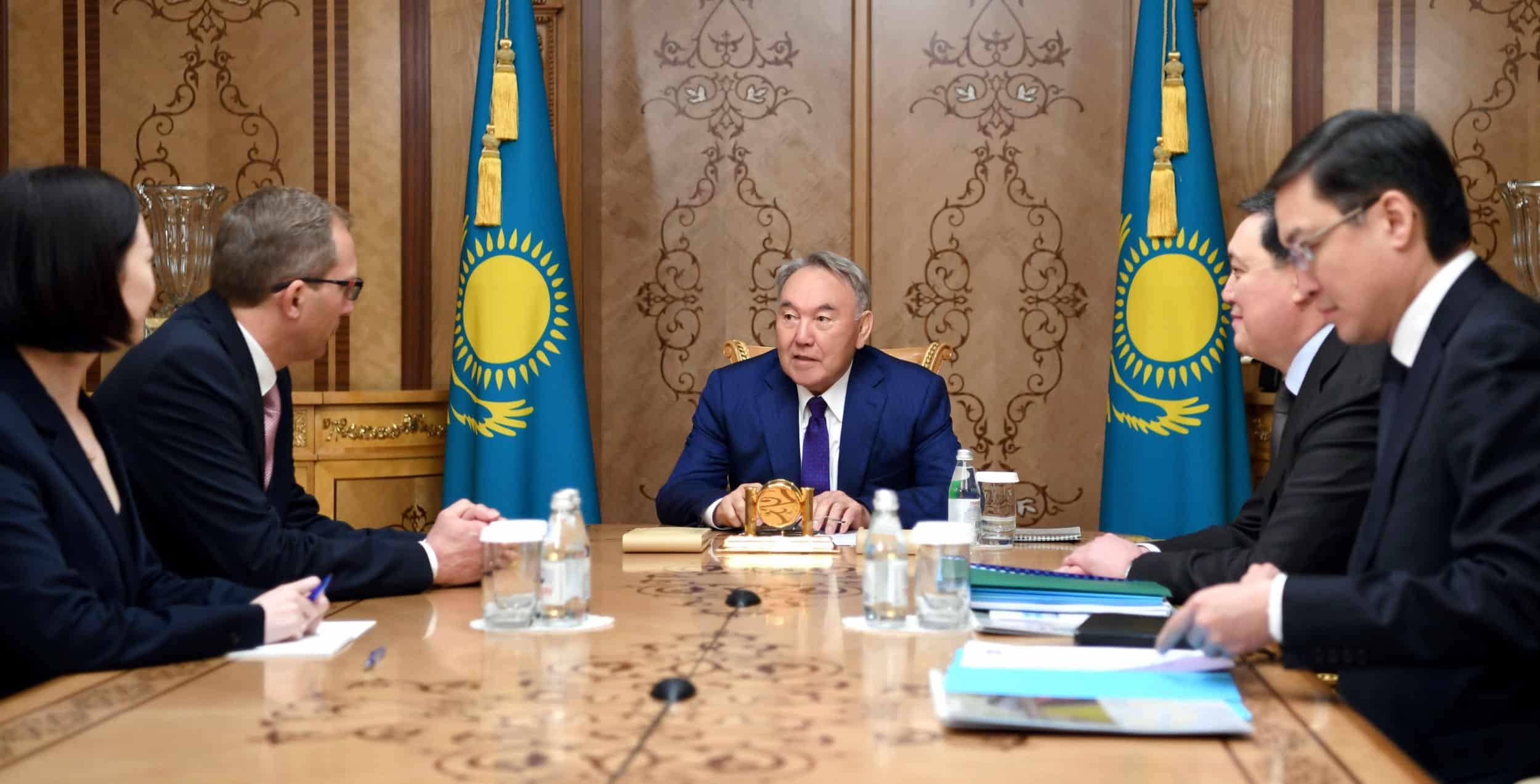 Нұрсұлтан Назарбаев Alstom компаниясының басшысымен кездесті