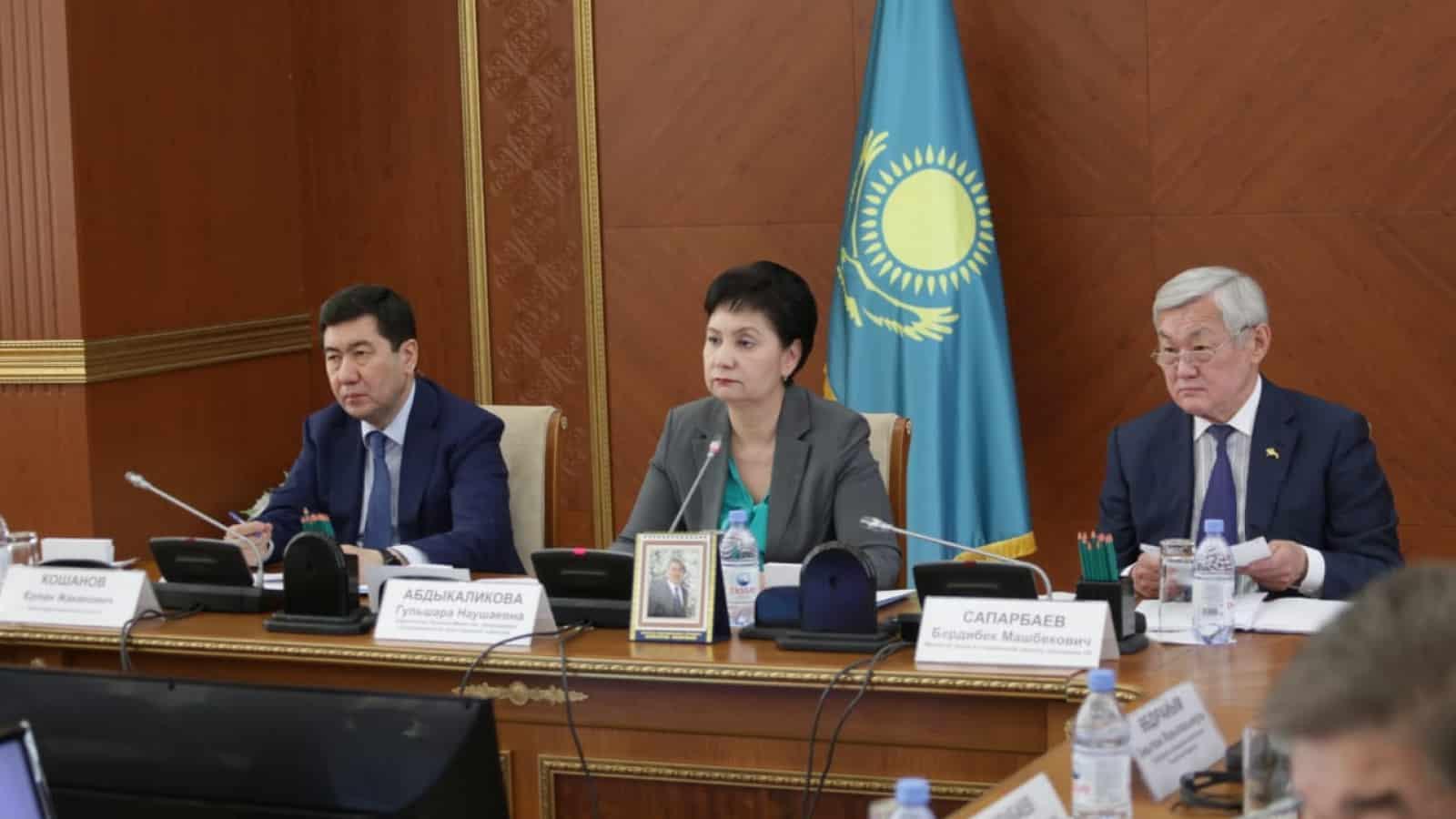 Үкіметтің Гүлшара Әбдіқалықова бастаған тобы Қарағанды облысында болды
