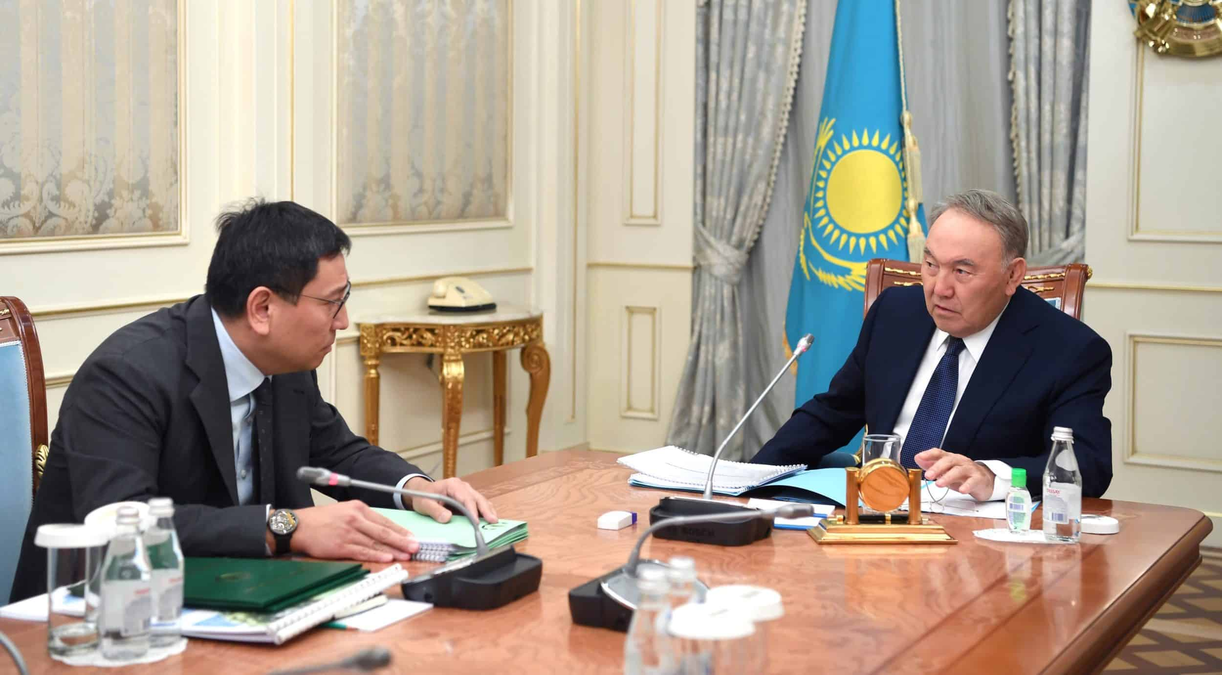 Нұрсұлтан Назарбаев пен Ерболат Досаев