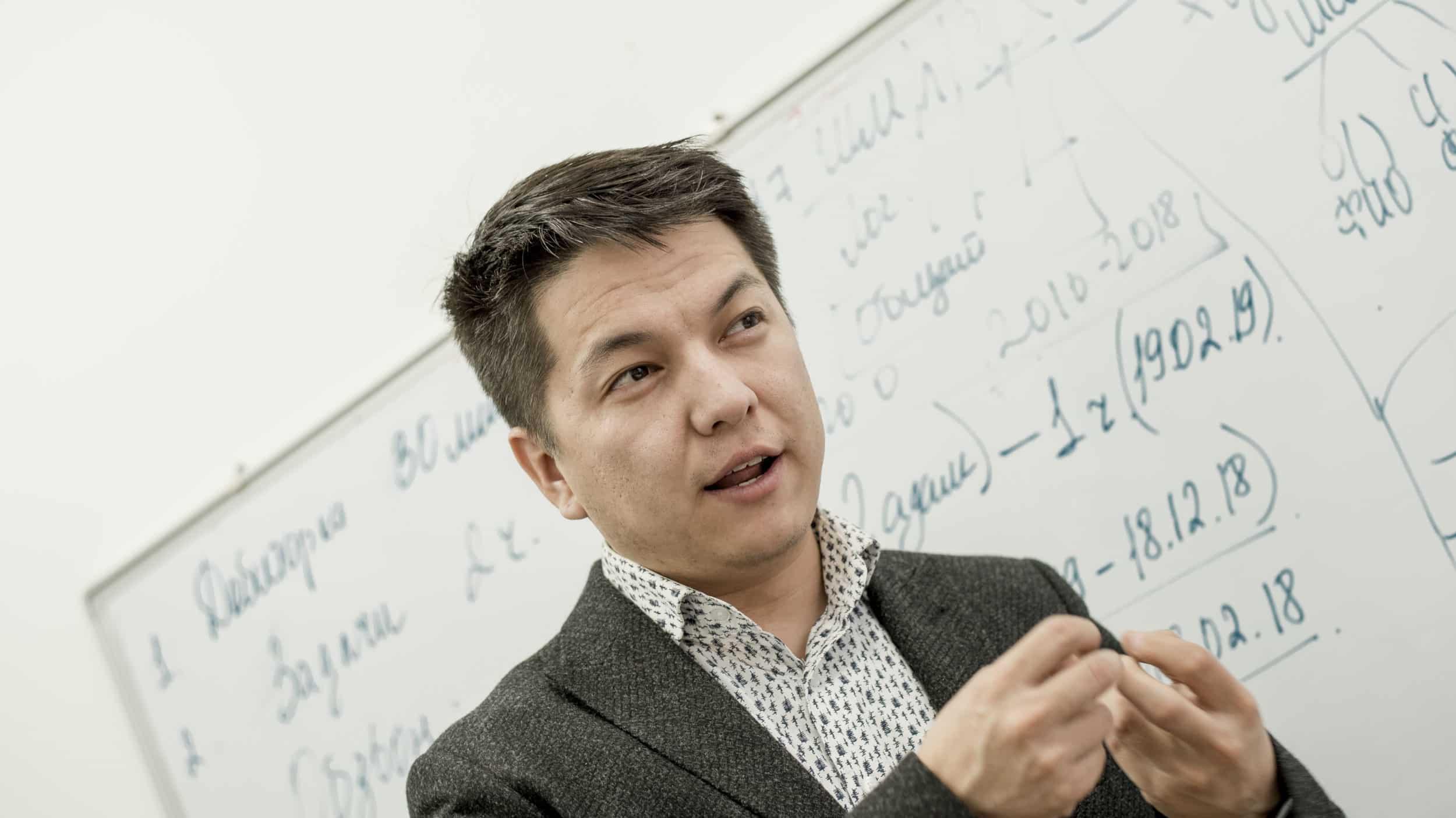 Асан Жолдасов