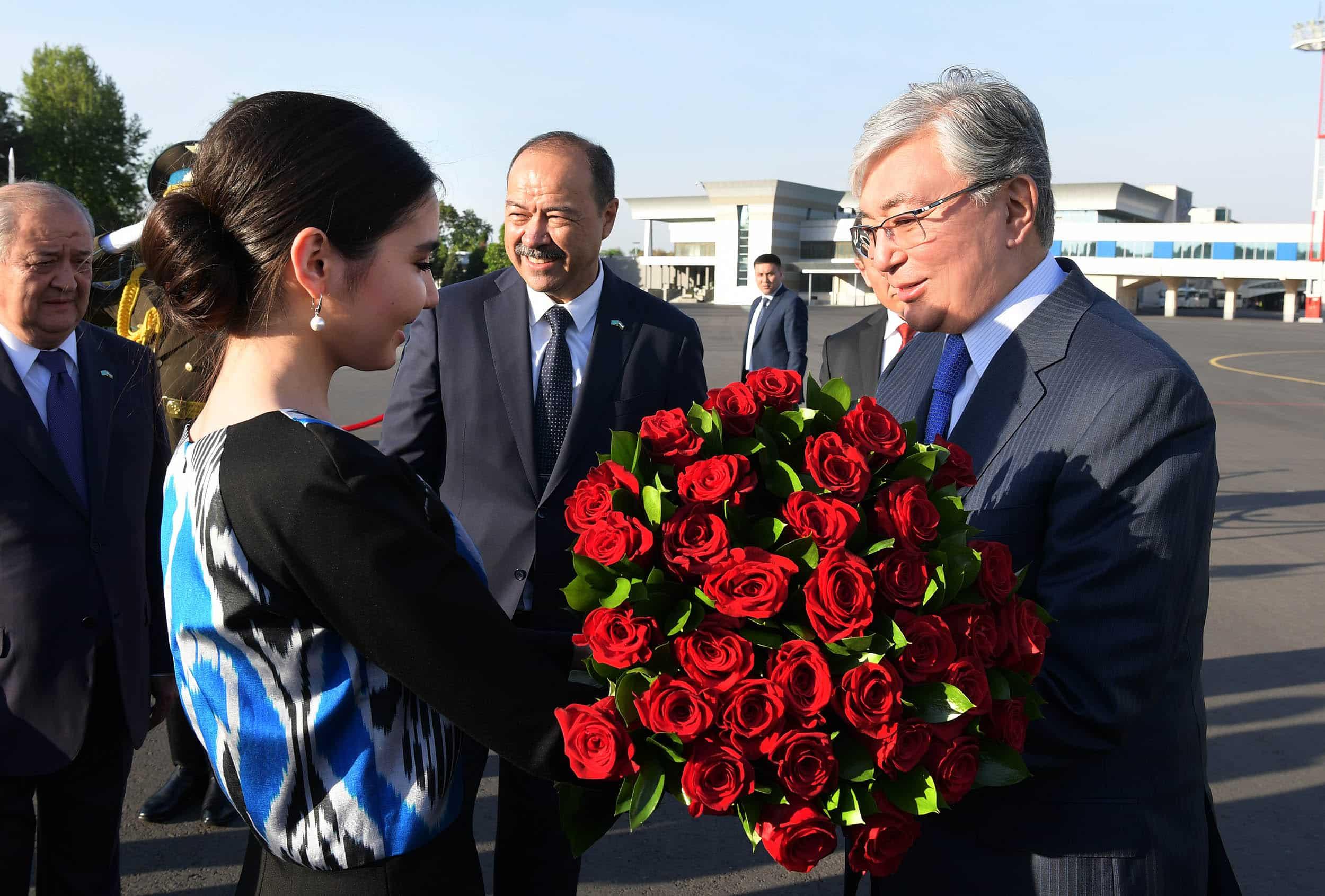 Қасым-Жомарт Тоқаев Өзбекстанға ұшып барды