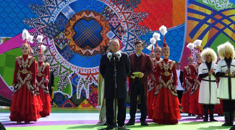 Нұрсұлтан Назарбаев 1 мамыр мерекесіне арналған іс-шарада