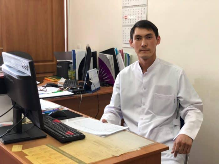 Уролог Дархан Қуатбеков