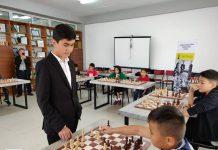 Жавохир Синдаров, шахмат
