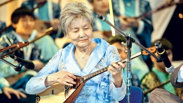 Фариза Оңғарсынова, еске алу