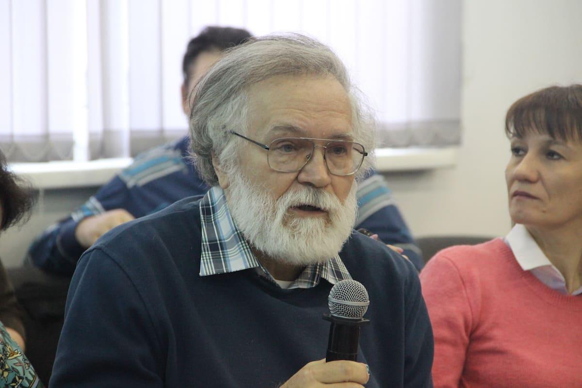 Сергей Куратов