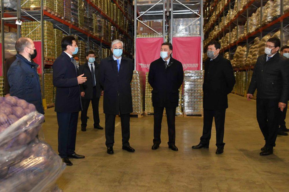 Қасым-Жомарт Тоқаев көлік-логистика орталығында болды