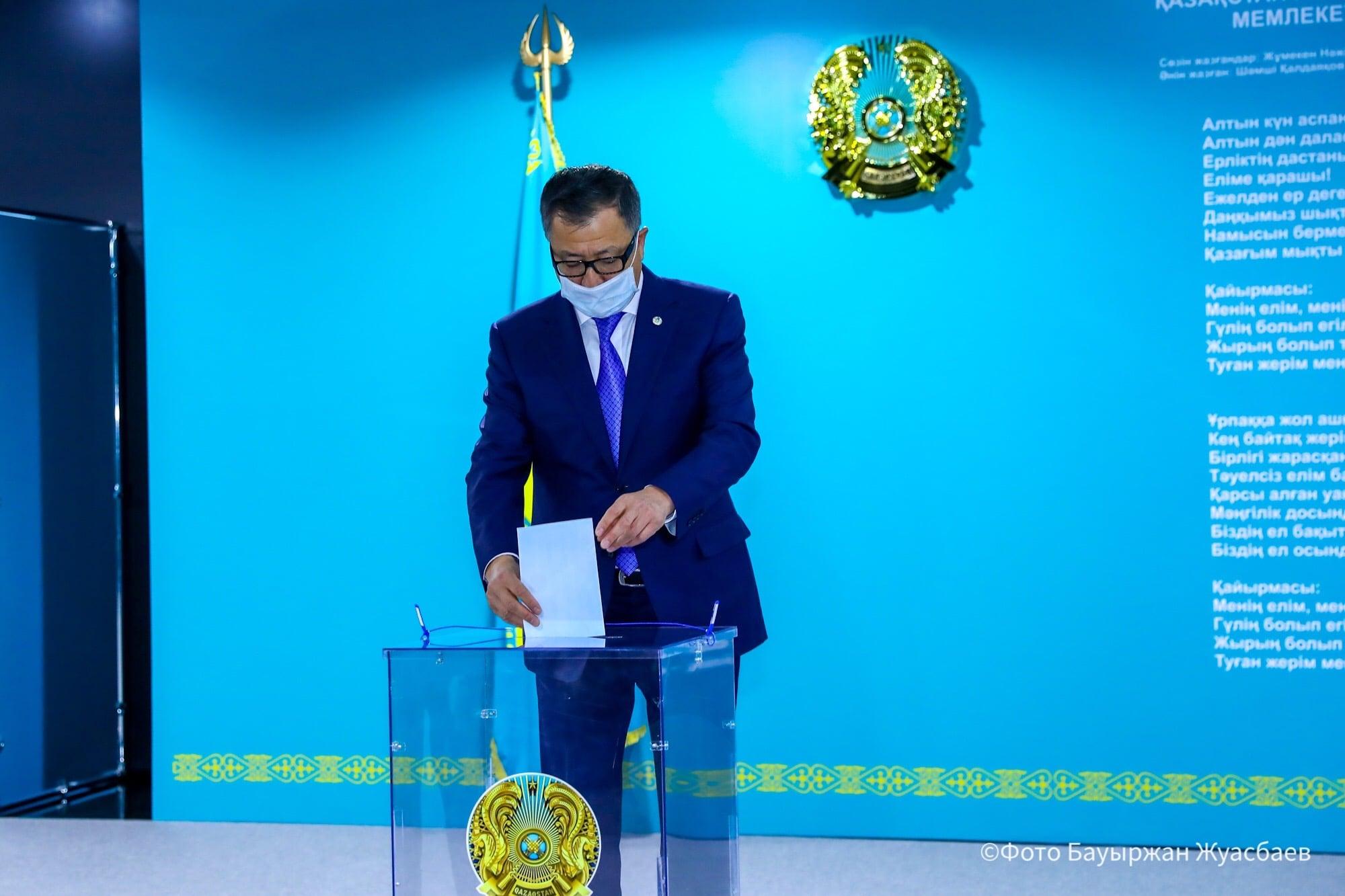 Жансейіт Түймебаев