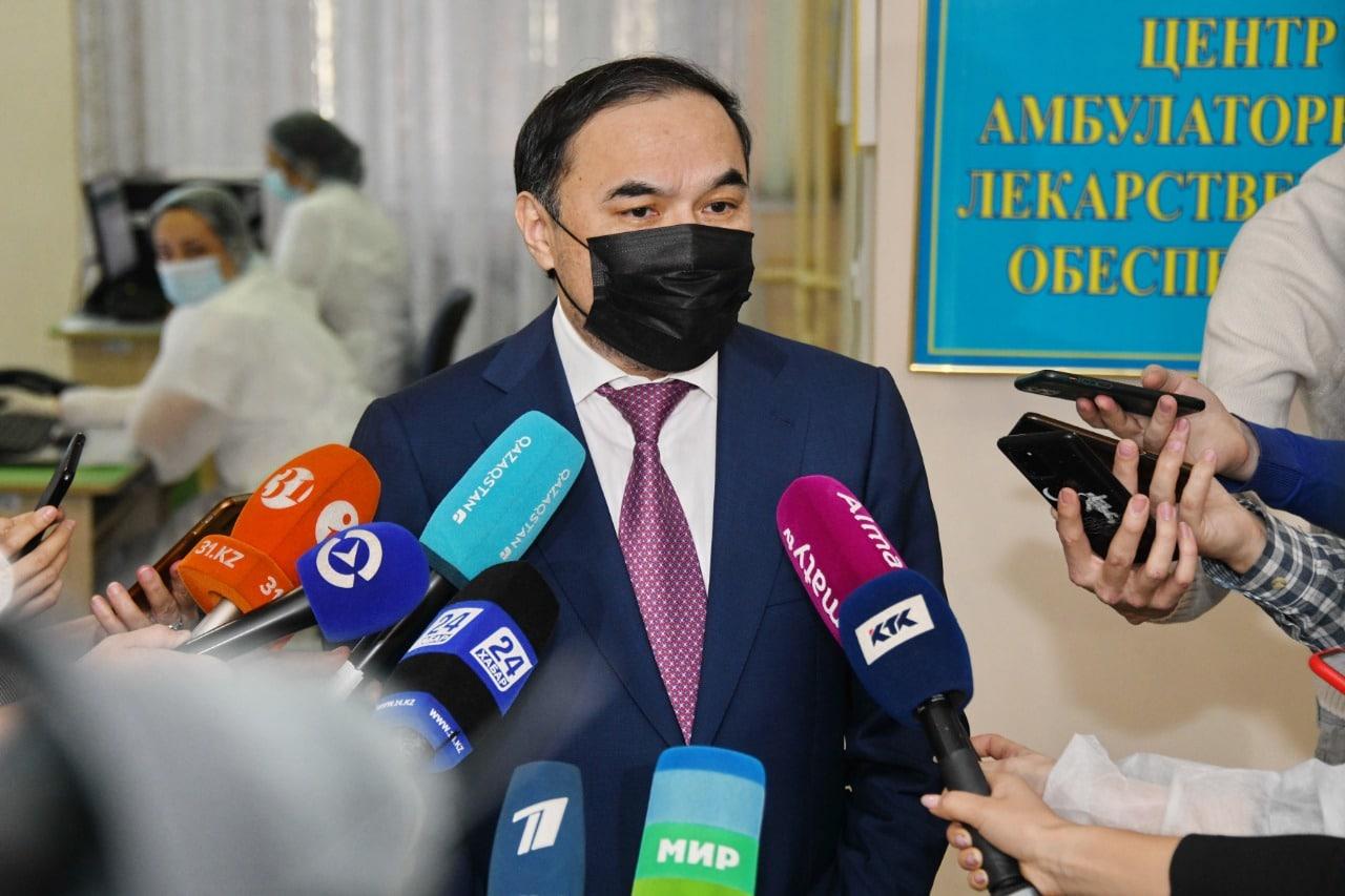 Ержан Бабақұмаров, Алматы