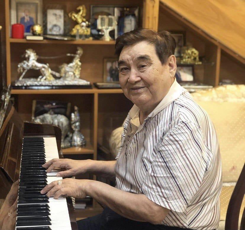 Ескендір Хасанғалиев